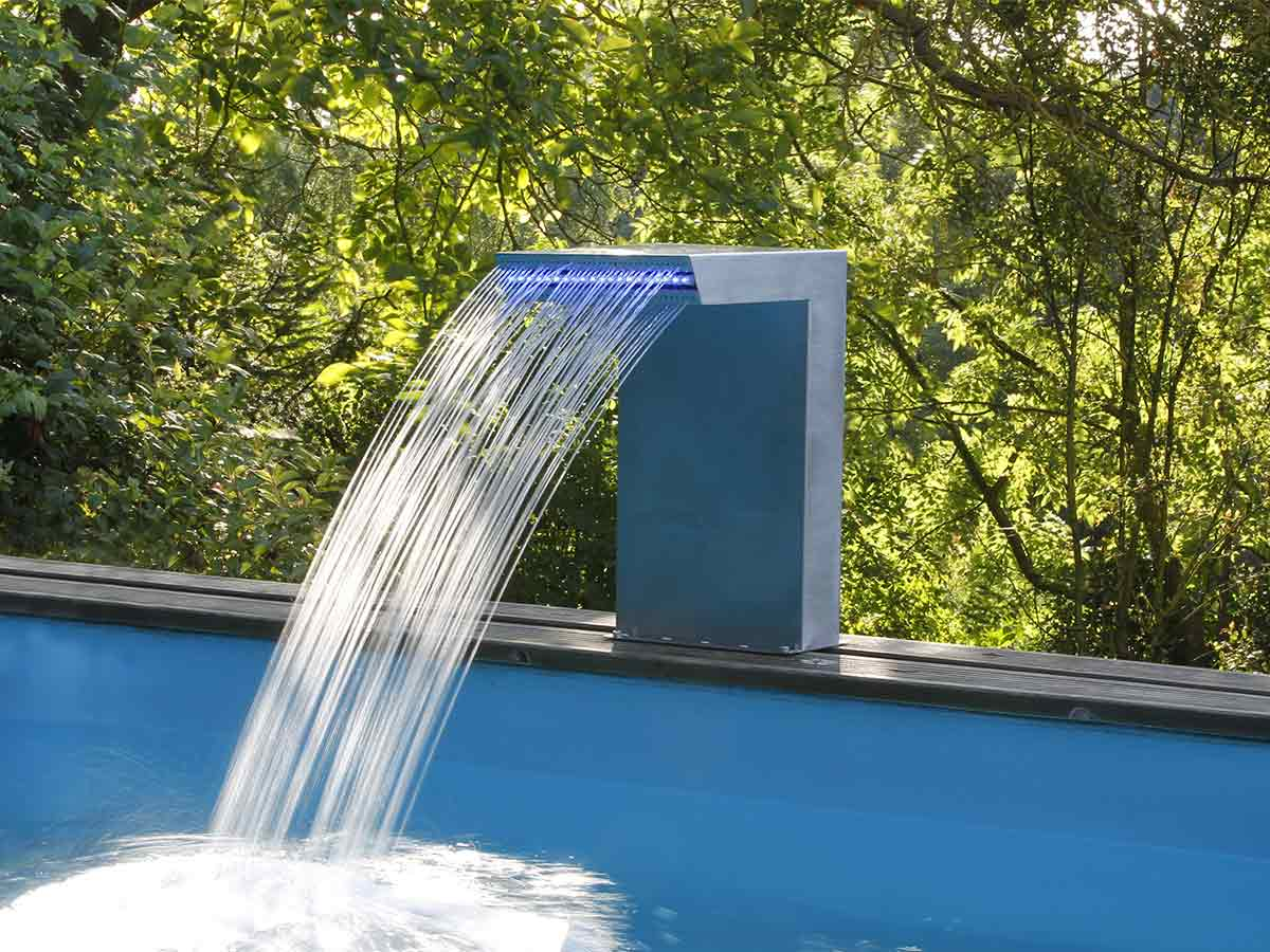 Cascade de piscine Straight LED en inox - Ubbink