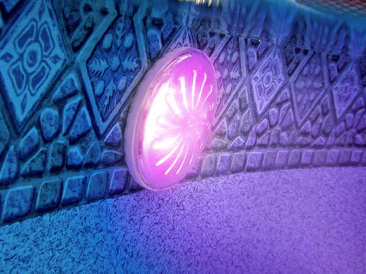 Projecteur LED couleurs pour piscine acier hors-sol - Gré